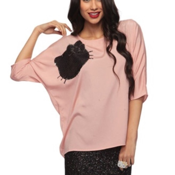 5e1601fb727a Forever 21 Tops | F21 Oversize Sequin Hello Kitty Top Blushblack ...